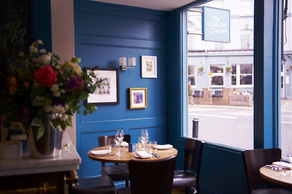 FrontOfRestaurant_006H.jpg