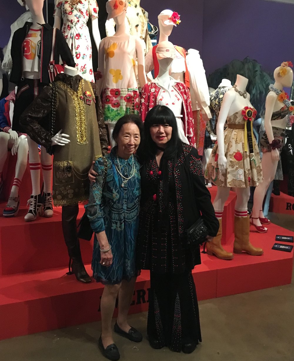 London stylists: Anna Sui stops to pose for a photo.