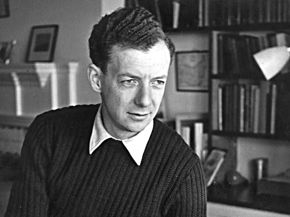 Benjamin Britten - Serenade for Tenor, Horn, and Strings - 1943 | 18 Minutes- A setting of six poems by British poets all on the subject of night.- Britten composed it during World War II for the British horn player, Dennis Brain, and Britten's lifelong companion, Peter Pears.- The Serenade will be performed by our favorite Phoenix hornist, Nick Auer, and spectacular Boston-based tenor, Omar Najmi.TAKE A LISTEN: Spotify Playlist | YouTubeLEARN MORE: Boosey and Hawkes