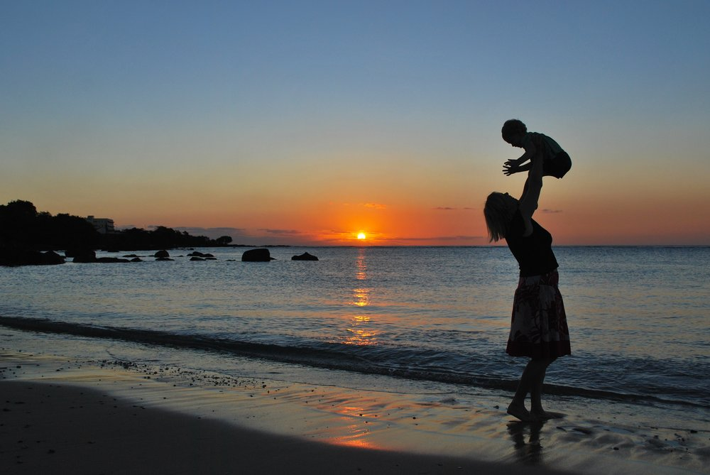 Mom & Baby Sunset:Pixabay.jpg