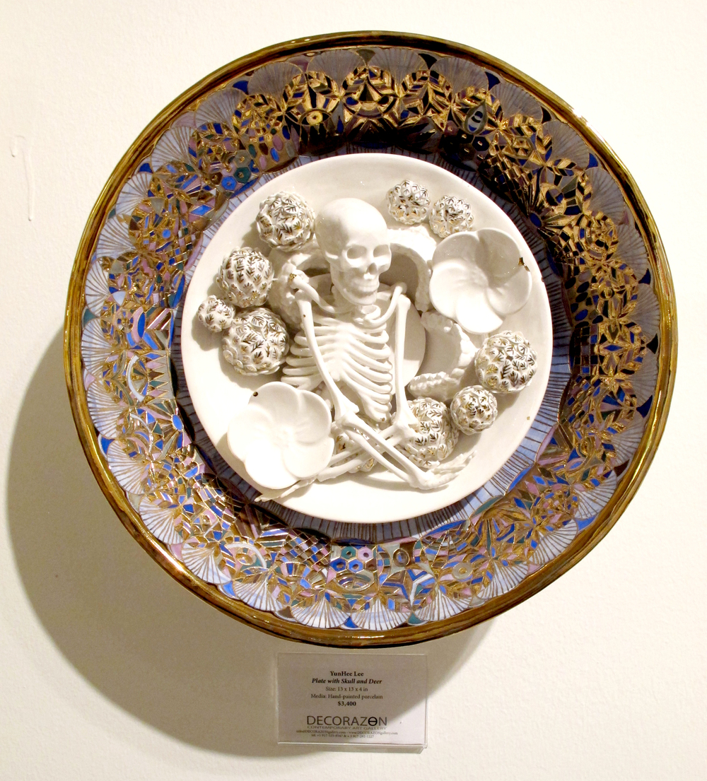 YHL_Skull and Flowers plate_Porcelain 40x40cm.jpg