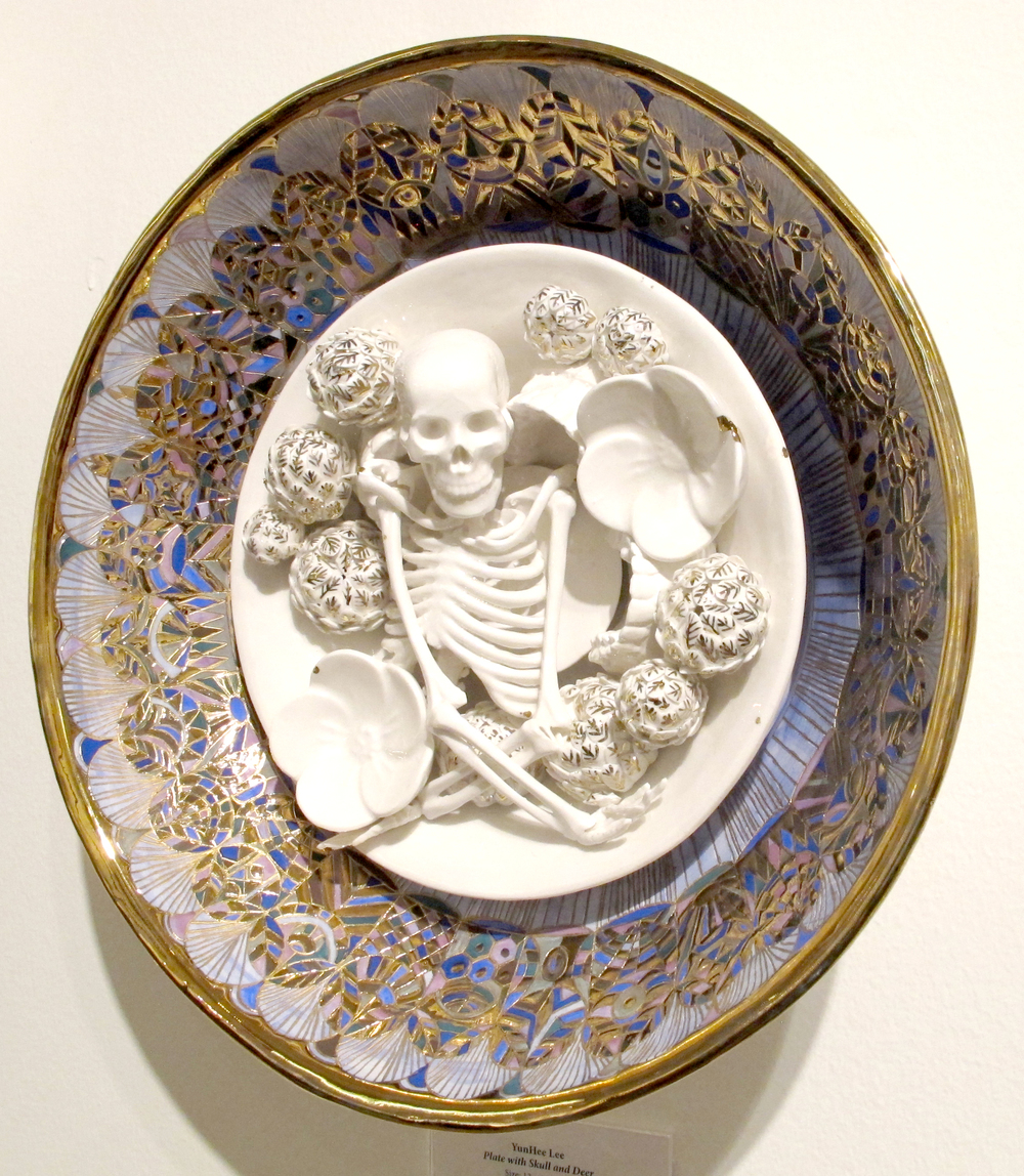 YHL_Skull and Flowers plate_Porcelain 40x40cm side.jpg