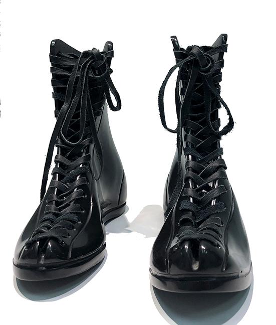 KL_Boxing Boots II_24x28x10cm_03_sm.jpg