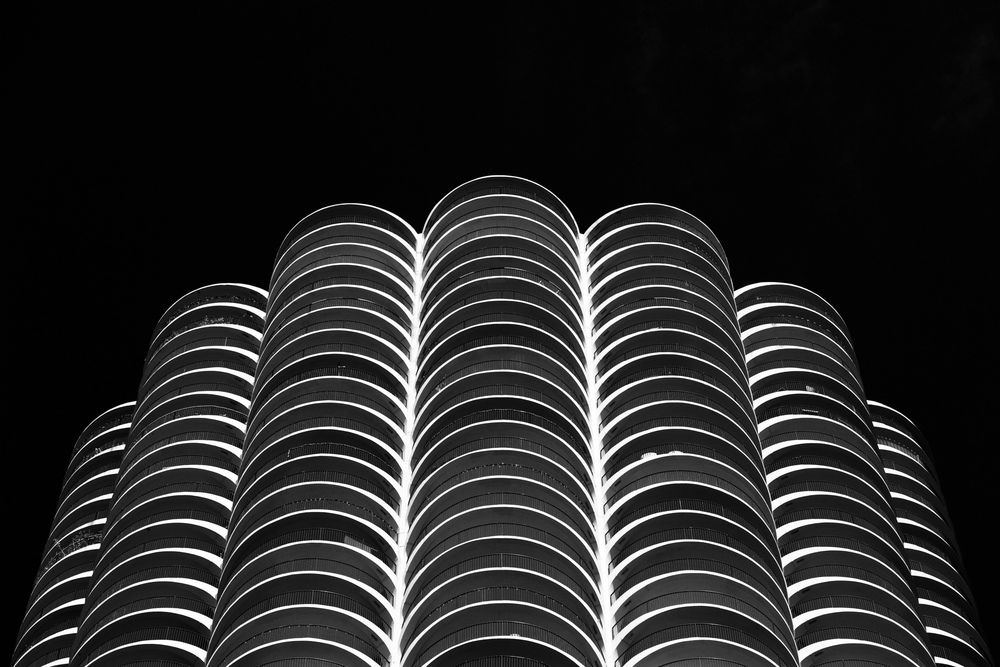 Scalloped Black and White (Marina City)