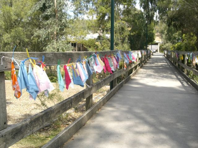 Prayer flags for Australia 2009 fire.jpg
