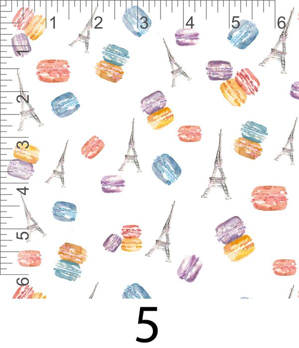 Macarons and little Eiffels 5.jpg