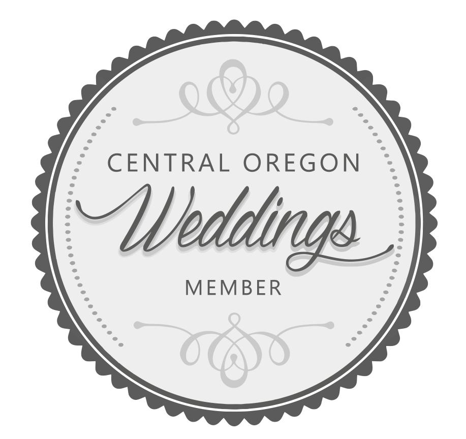 Central Oregon Weddings Member Badge.png