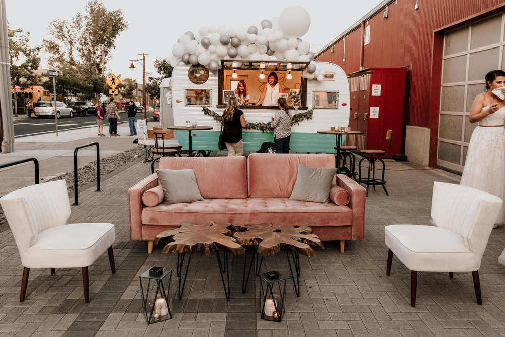 blush+sofa+lounge+cocktail+hour+wedding+corporate+event+rentals+Bend+Oregon+Curated.jpg