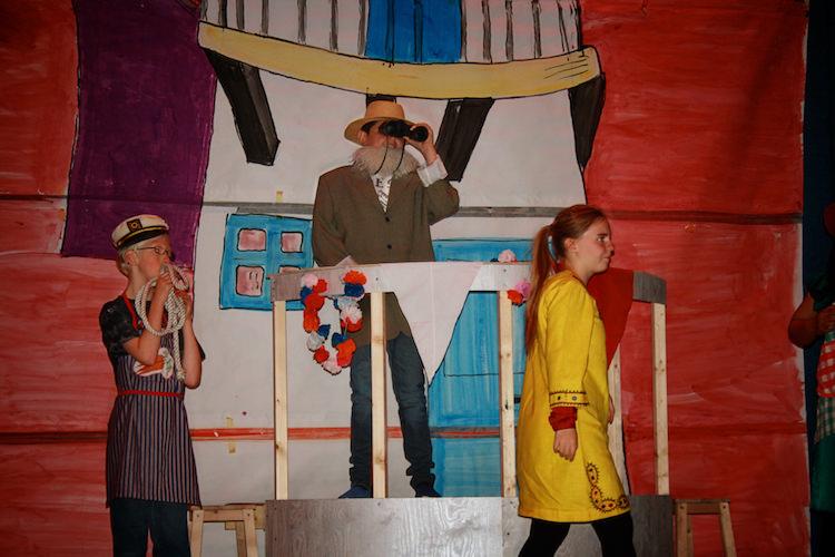Teater och kreativitet har  en särskild plats på Solberga, varje skollov inleds med ett uppträdande i Arken. De flesta av eleverna ser fram emot detta och tycker mycket om det.