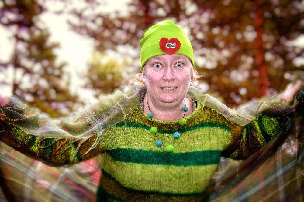 Vår fröken har förvandlats till en mäktig grön drake!