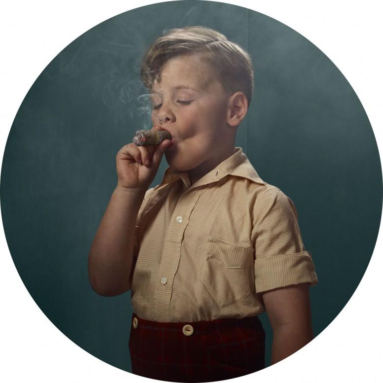 frieka_janssens_smoking_kids_1