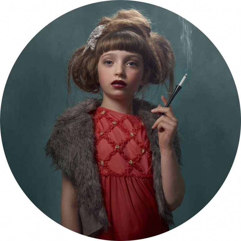 frieka_janssens_smoking_kids_10