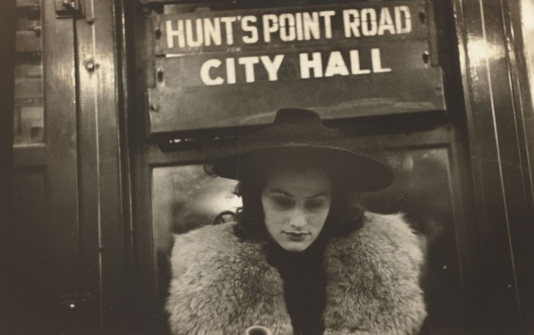 walker_evans_subway_portrait_Photography_and_the_Theater_of_the_Street
