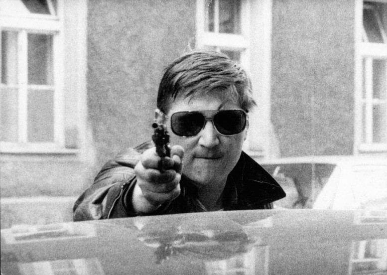 CRUELLY_MADLY_DEEPLY_fassbinder