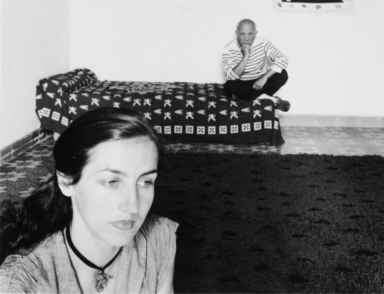 Picasso-et-Francoise-Gilot-1952-by-Robert-Doisneau_gagosian