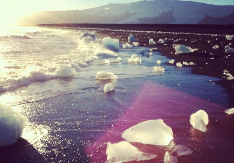 dustin_lynn_surf_trip_iceland_13