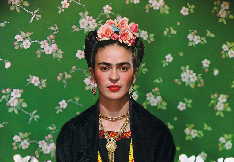 Frida-White-Bench