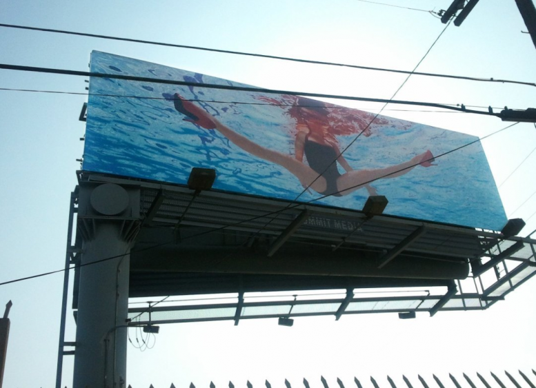Jill Greenberg_Glass Ceiling_American_girl_doll_billboard_art
