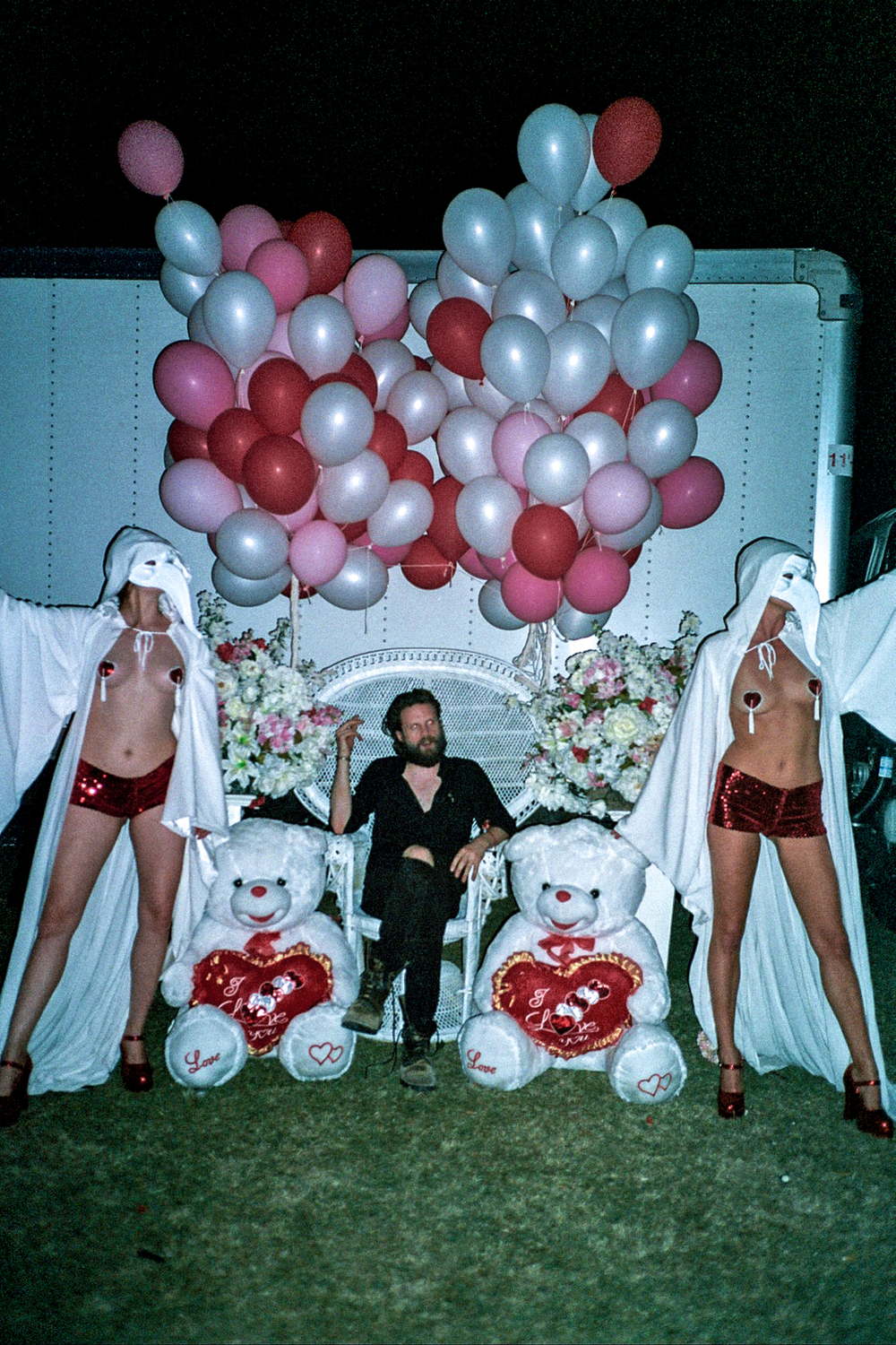 Father John Misty with set by Alia Penner