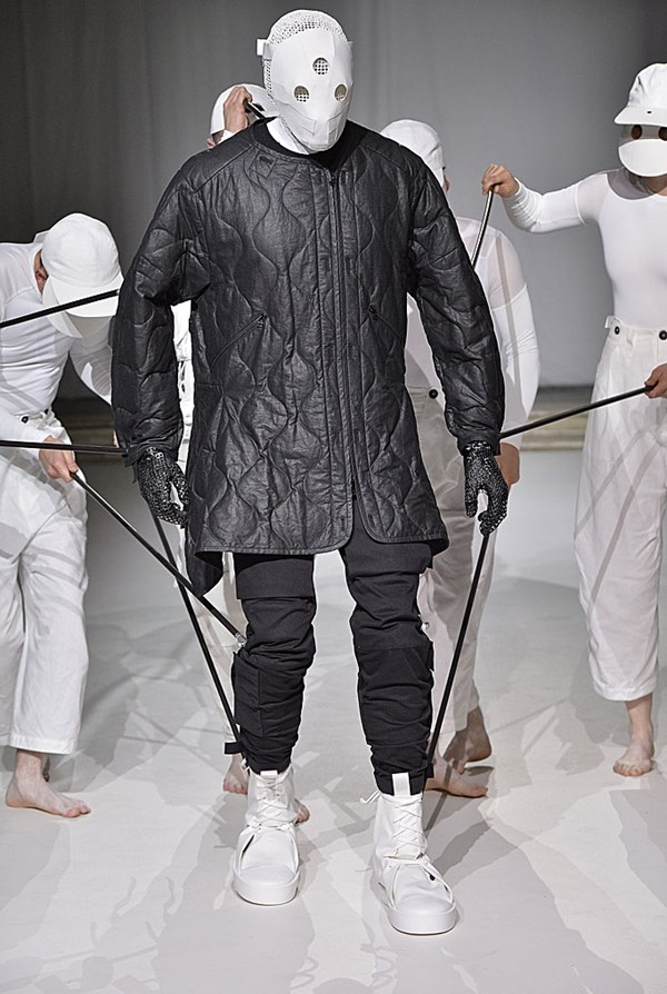 fd101df6fb28 Argentinean designer Aitor Throup was a beloved designer on the London  ticket just a few years ago when he put his namesake label into hiatus and  went to ...