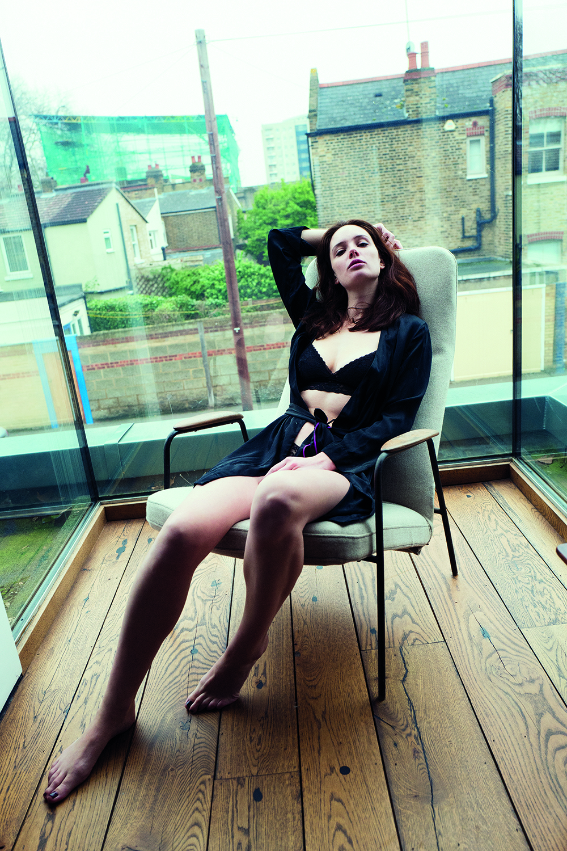 Olwen Kelly Nude Photos 44