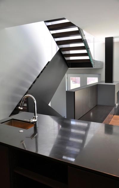 7-Metal-Stair-400x628.jpg