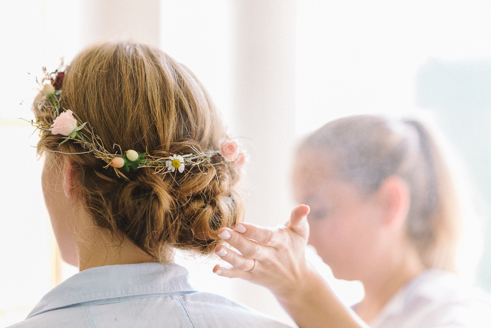 boho hairdo for brides