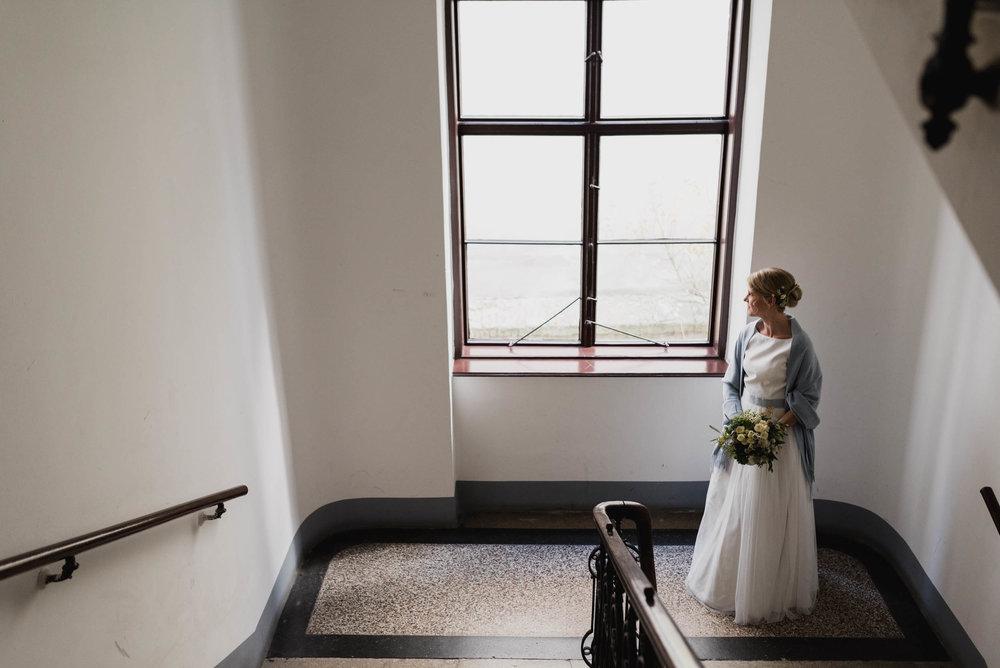 belle&sass_Weingut am Reisenberg_Hochzeit-15.jpg