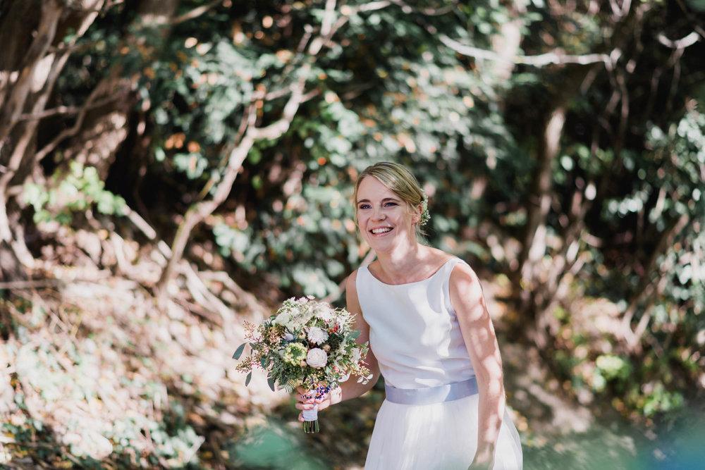 belle&sass_Weingut am Reisenberg_Hochzeit-19.jpg