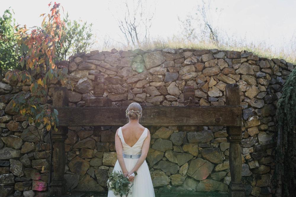 belle&sass_Weingut am Reisenberg_Hochzeit-21.jpg
