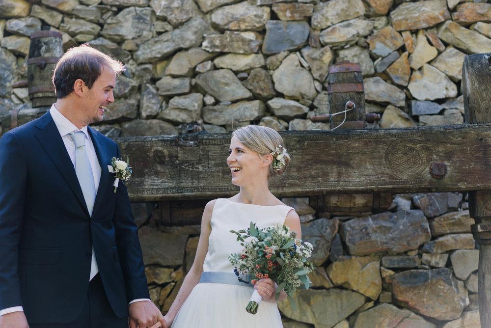 belle&sass_Weingut am Reisenberg_Hochzeit-23.jpg