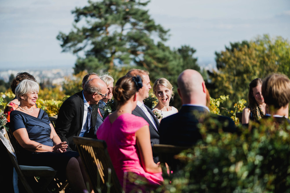 belle&sass_Weingut am Reisenberg_Hochzeit-29.jpg