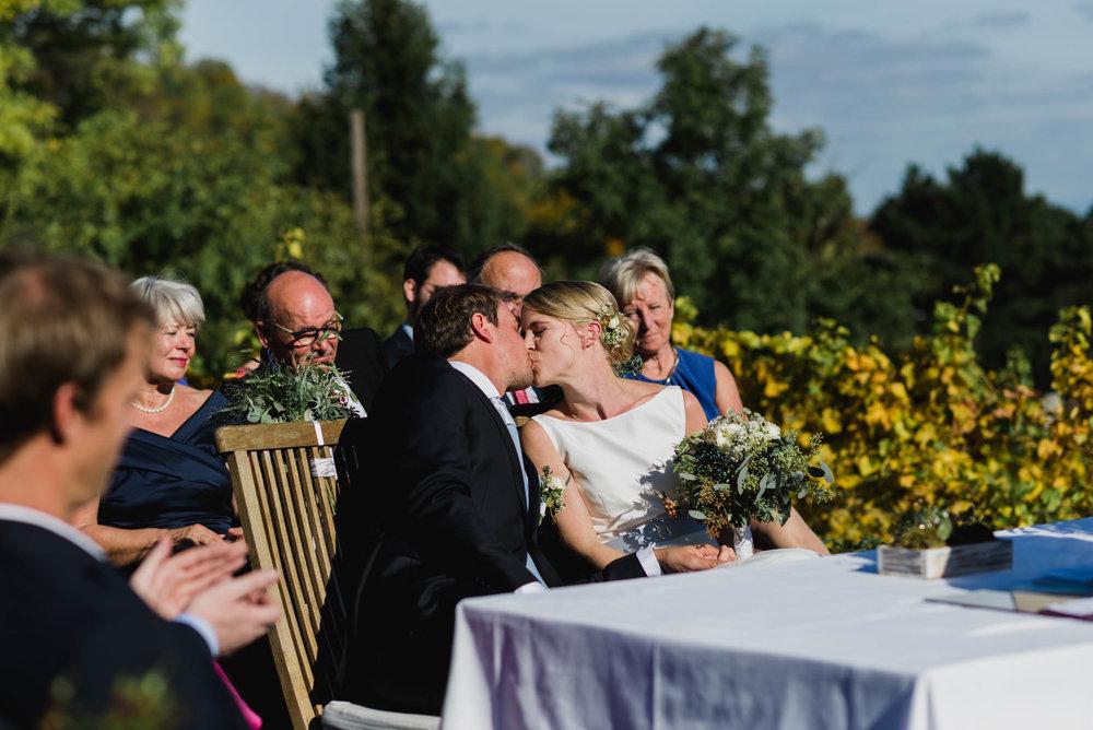belle&sass_Weingut am Reisenberg_Hochzeit-32.jpg