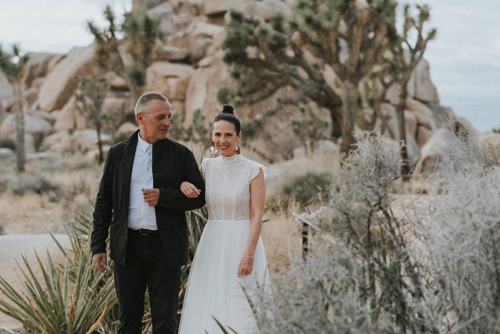 belle&sassCalifornia Destination Wedding0002.jpg
