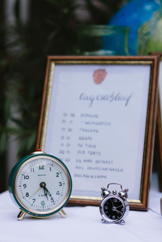 belle&sass__Hochzeit im Weingut Holzapfel_0025.jpg