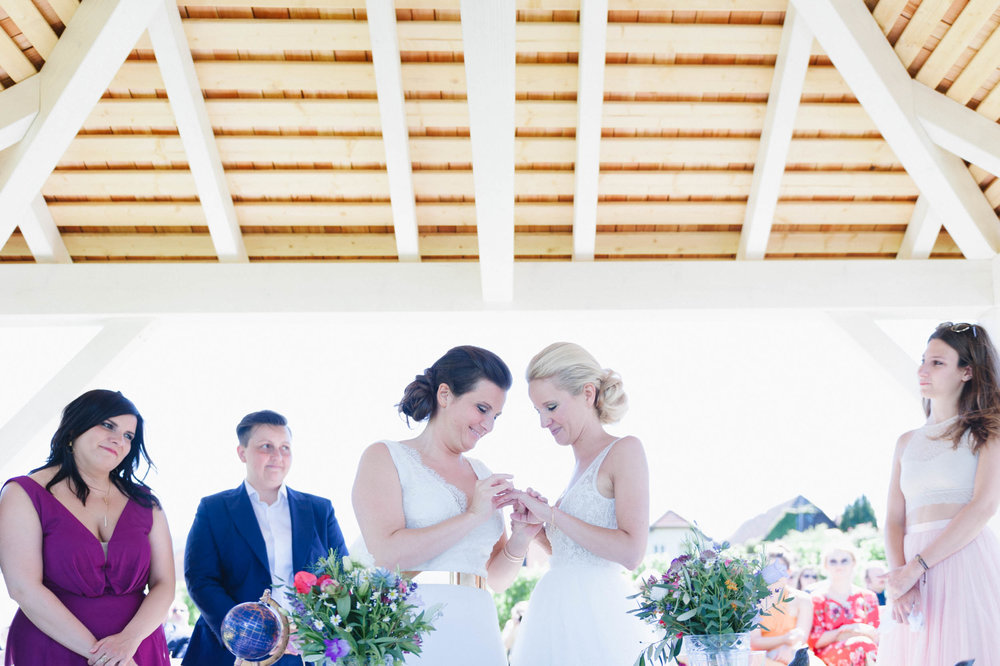 belle&sass__Lesbian Wedding in Austria_0055.jpg