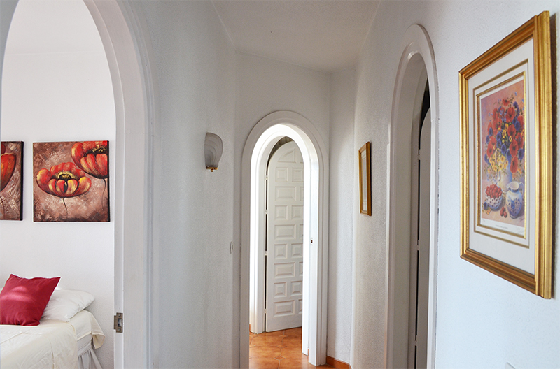 casa_romantica_frontroom_4.jpg