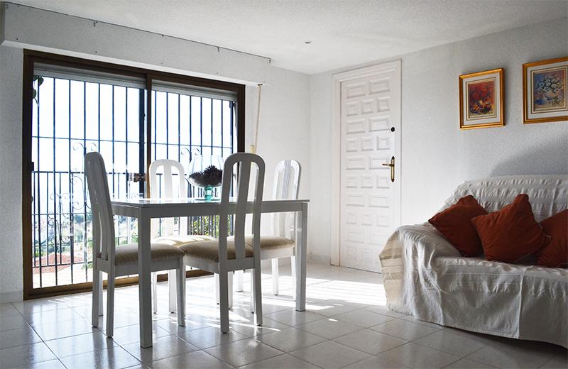 casa_romantica_frontroom.jpg