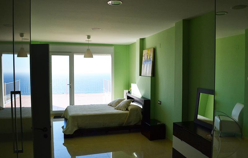 mirador_green.jpg