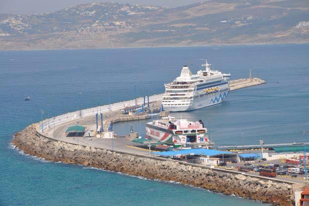 رجال الأمن بميناء طنجة