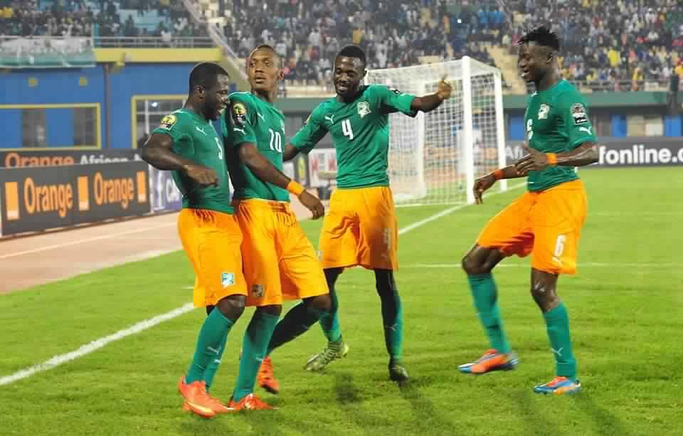 لحظة احتفال لاعبي الكوت ديفوار بتسجيل الهدف على المغرب