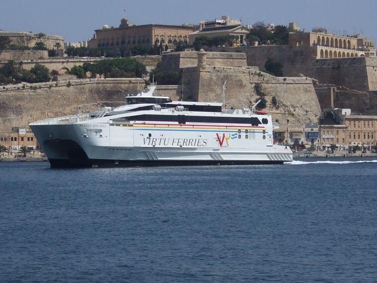 حركة الملاحة بين اسبانيا والمغرب