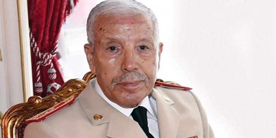 الجنرال دو كور دارمي بوشعيب عروب المفتش العام للقوات الملكية المسلحة وقائد المنطقة الجنوبية.