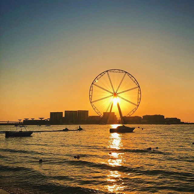 What is the beacon that is guiding you in your life? 🌅 #mydubai #uae #dubaimarina #jbr #nomadhouse #sunset #ferriswheel #daybreak #sunrays #clearsky #snapseed #iphonephotography #smartphonephotography #photography #travelphotography #travelgram #instatravel #travel #instago #worldingram #lifeisgood #startuplife