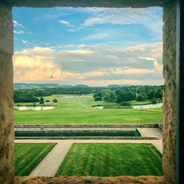 A Wedding Weekend with a View #france #burgundy #chateau #golf #wedding #sunset #wineanddine #schlanderspourtoujours #congrats