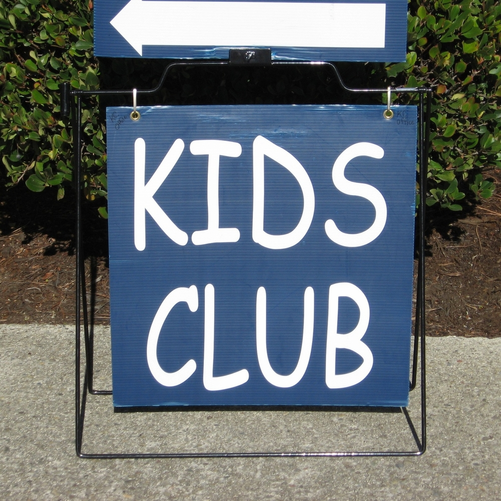 Kids Club Sign.jpg