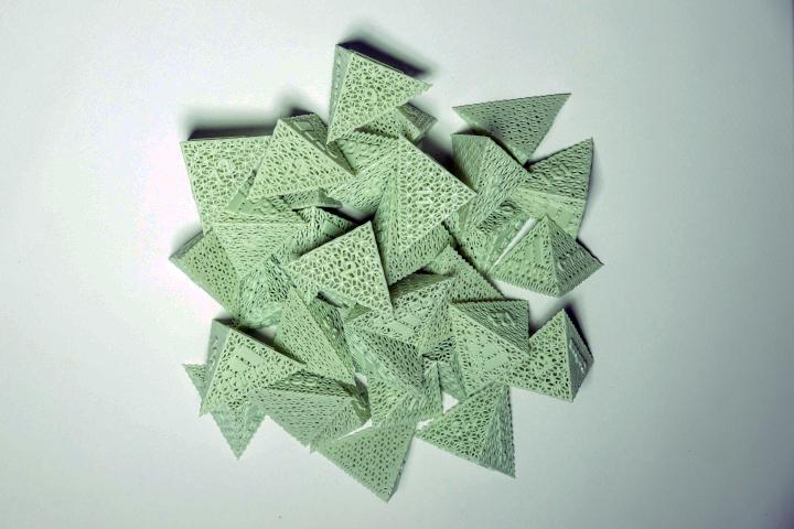 adidas-carbon-4d-pyramids2.jpg