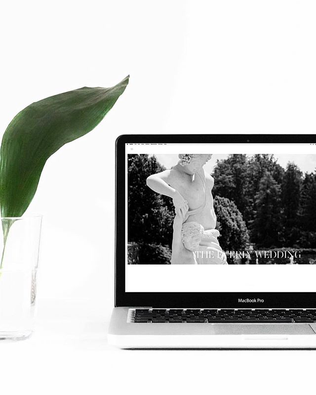 Are you looking for a super cool way to share your stunning wedding photography!  @theidocreative; our new baby can help you! The site offers beautiful wedding websites designed to share all your wedding memories in one stylish place... and the best part, your personal website stylist does it all for you - no tech skills required!  Check them out lovers @theidocreative xxxx