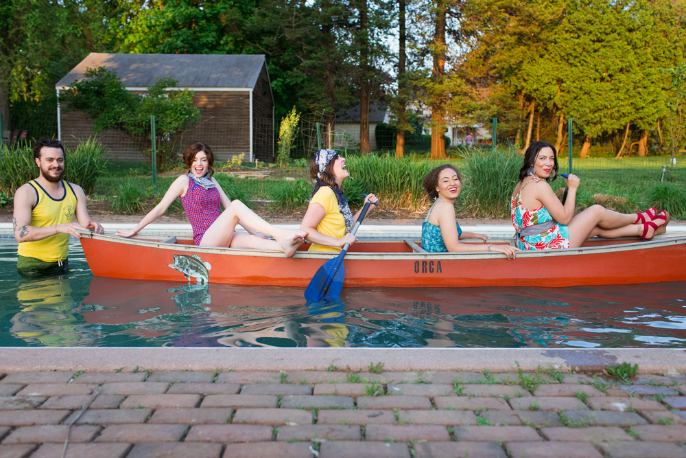 A canoe in a pool! Why not?