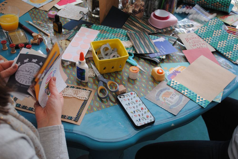 beautiful-mess-craft-table